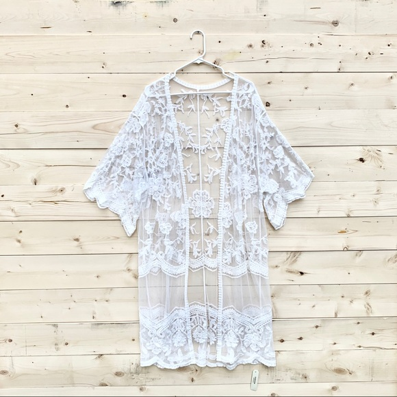 SOLD OUT Brand New Lace Kimono